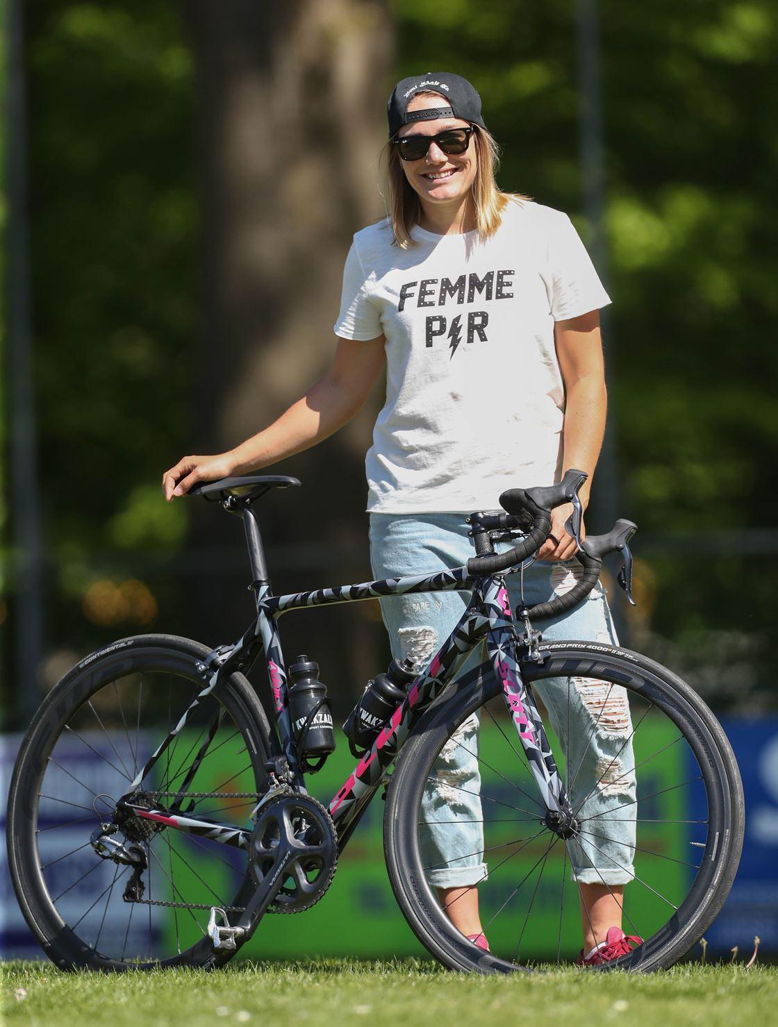 Manon Kamminga fiets.jpg