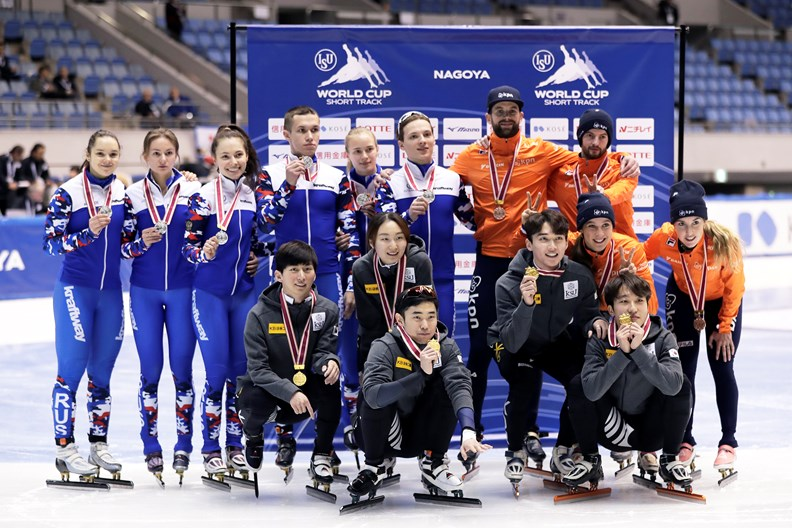 Gemengde mixed relay aflossing Nagoya